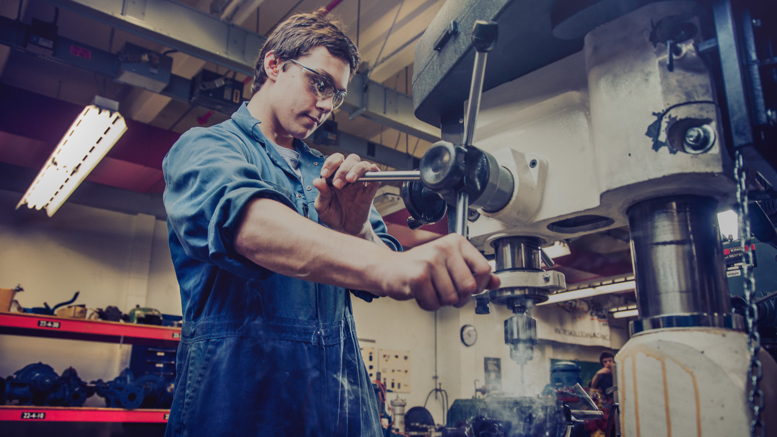 being an industrial machinery mechanic essay As an industrial machinery mechanic and maintenance worker, i maintain and  repair factory equipment and other  how can you become a industrial  machinery mechanic  onet online-summary report, ohio labor market  information.